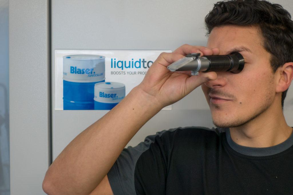 Vérification de la stabilité des lubrifiants solubles